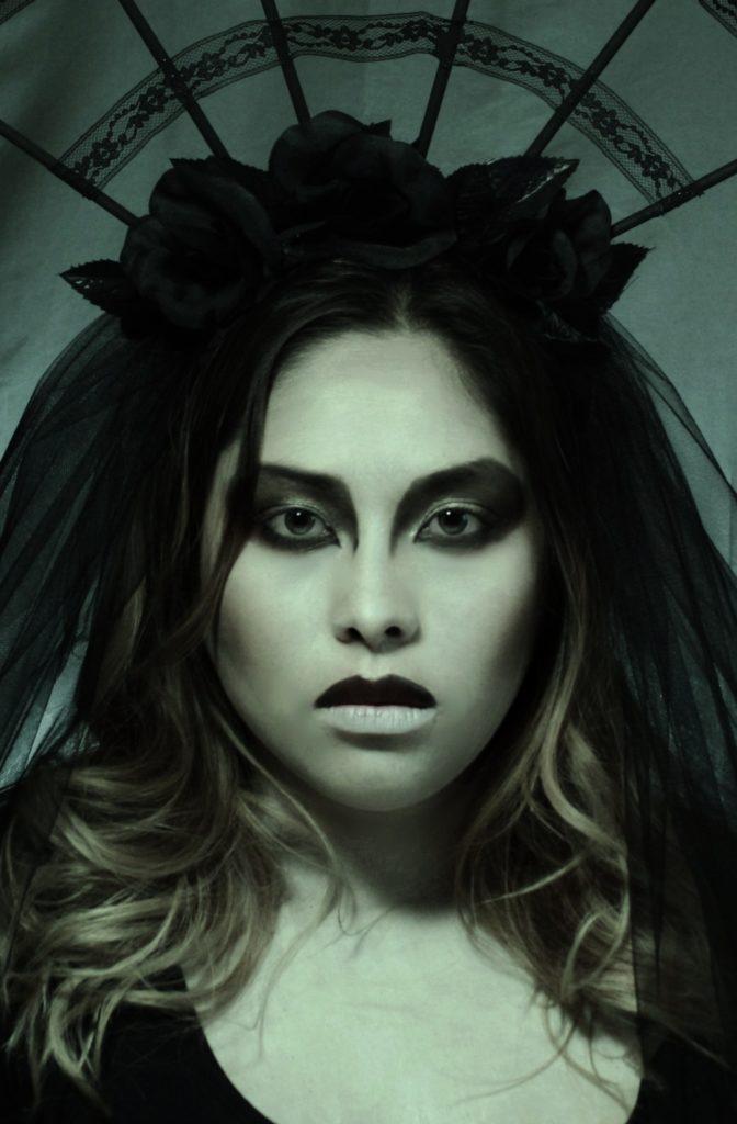 Model: Self (Sarah Halberg)